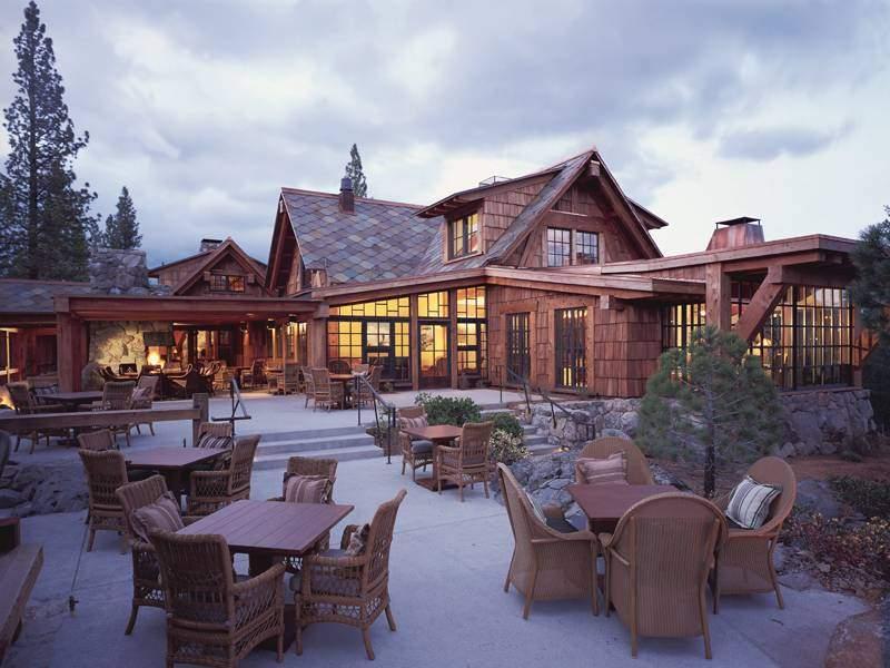 IMI Photos-Lodge Outside Dining