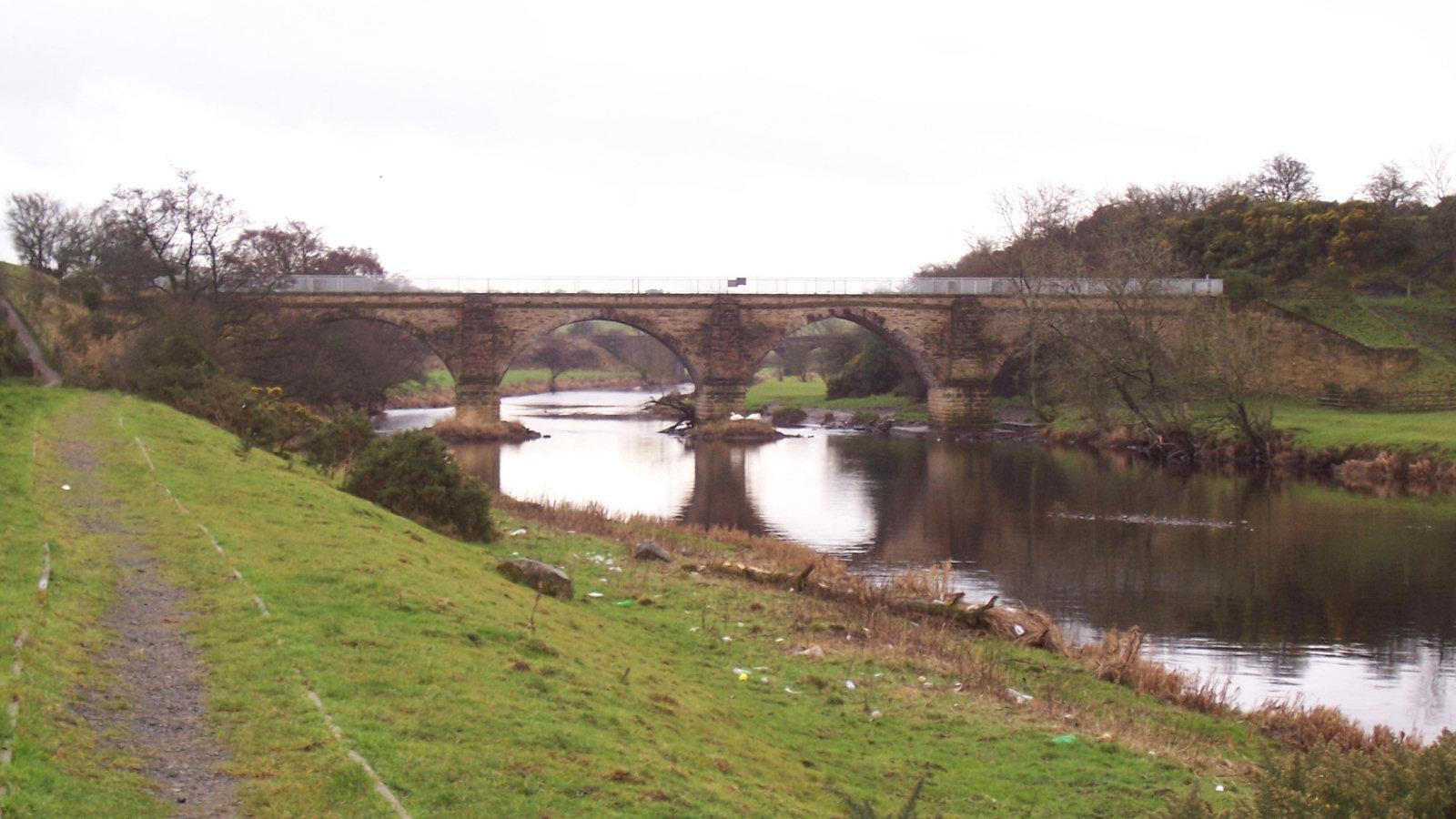 File:Laigh Milton Viaduct 2006.jpg