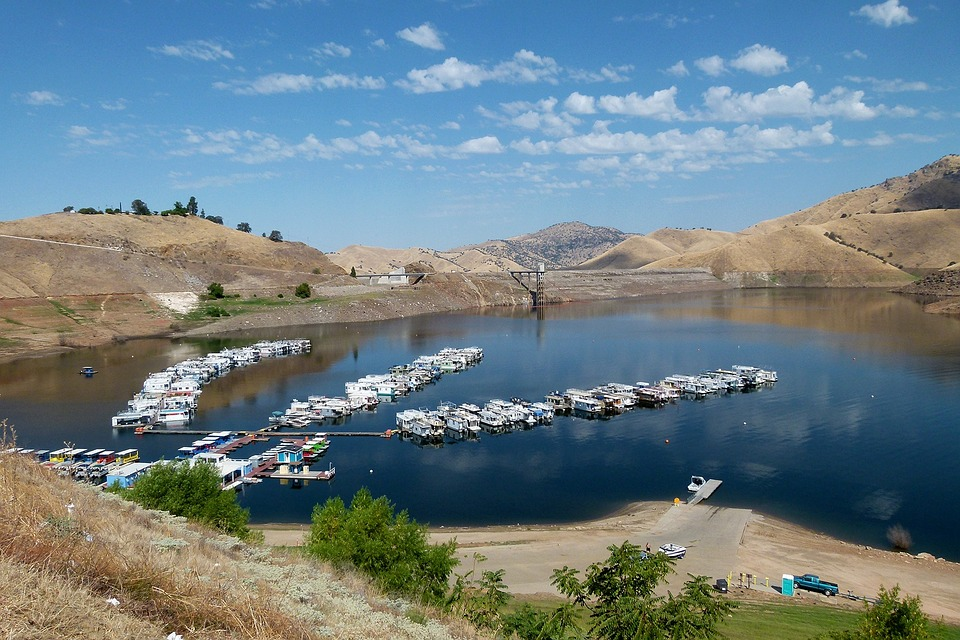 lake success embalse lago el agua casas flotantes