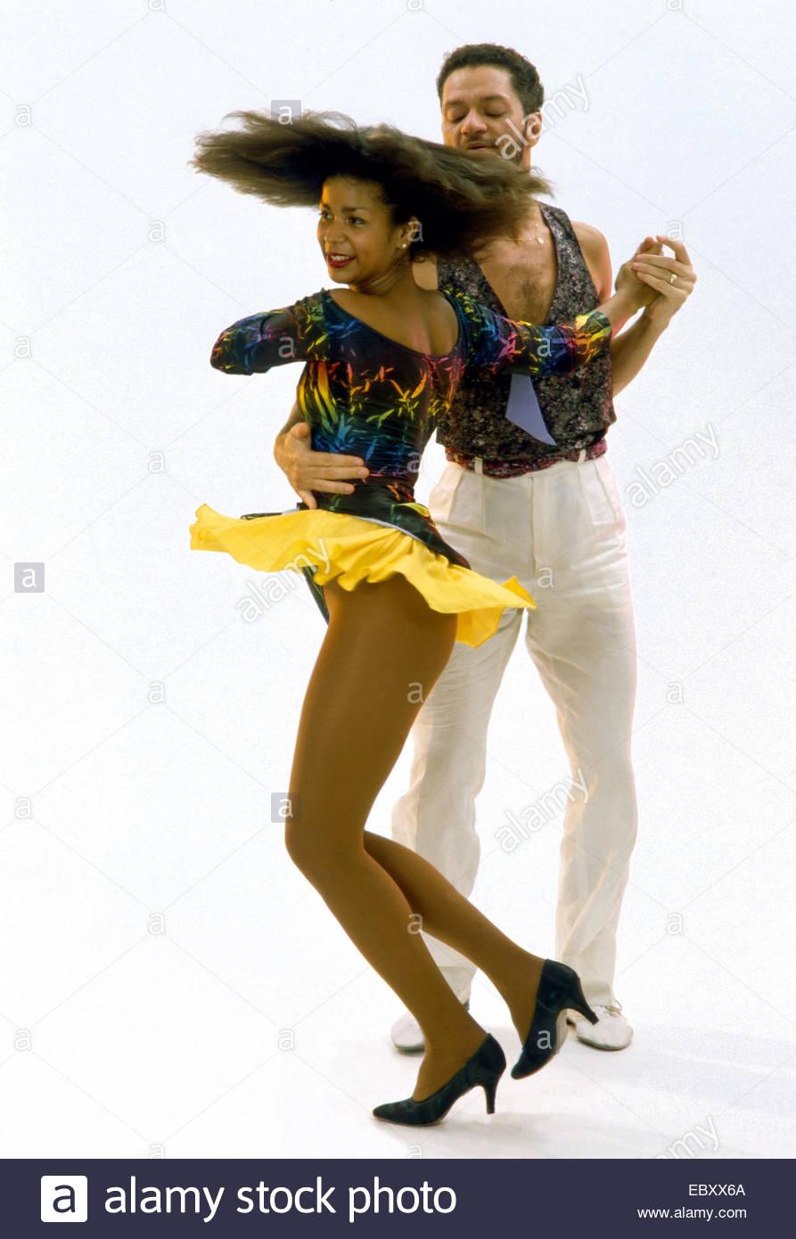 Pareja bailando Lambada