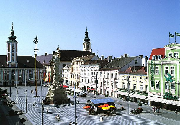 St. Pölten, Plaza del ayuntamiento © Österreich Werbung / Bartl